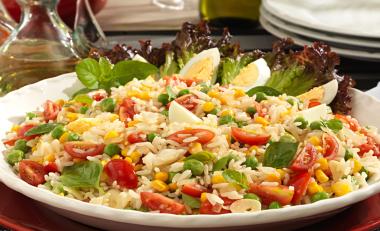 salada-de-arroz-villace-e-legumes